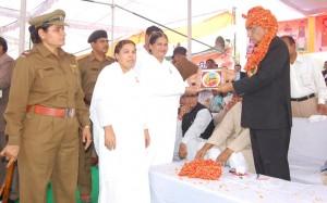 BK Sisters Meet CM of Haryana in Siwani Mandi