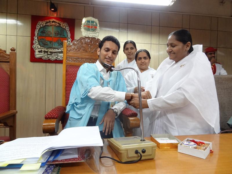 Rakhi Service At  New Mumbai