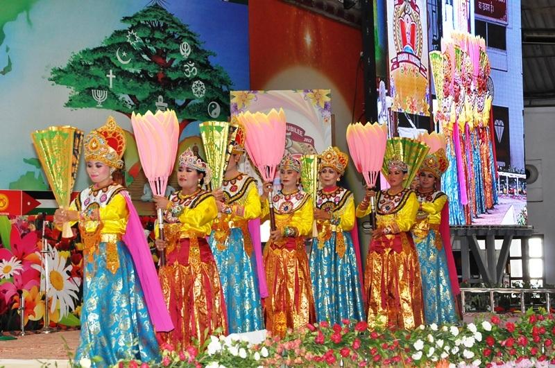 Bali dance group