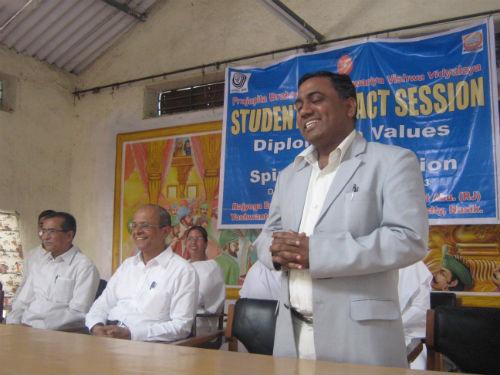 Dr Sachin along with Mr Shinde(Director of YCOMU) Mr Boraskar Maharashtra coordinator