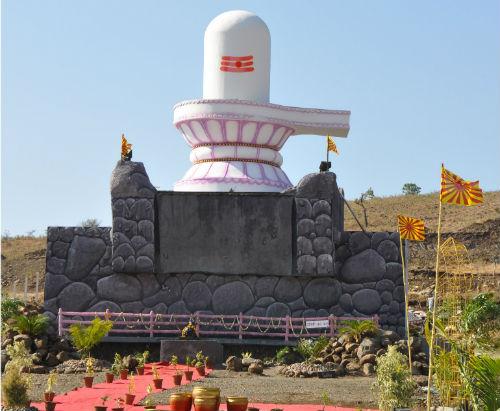 47 Feet Permanent Shivling Made At 'Brahma Kumaris Amrit Sarovar