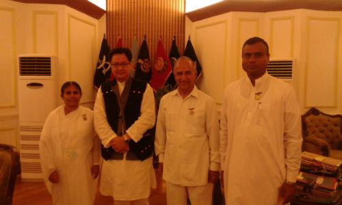 Union Ministers of India being tied Rakhi in Delhi By Brahmakumaris