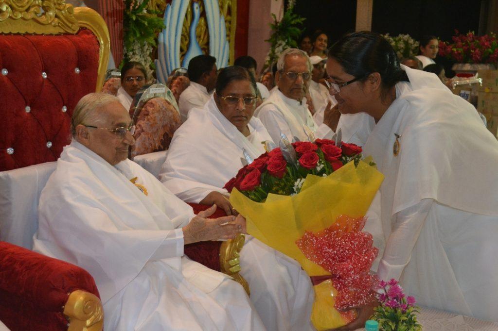 Dadi Ratanmohiji in Brahmakuamris Jabalpur